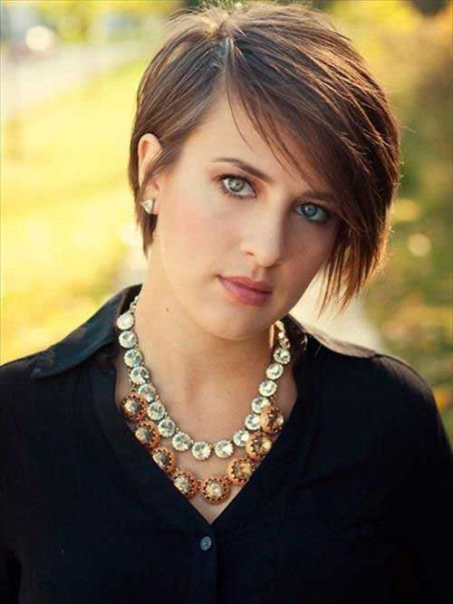 Short Hairstyles for Straight Hair-23