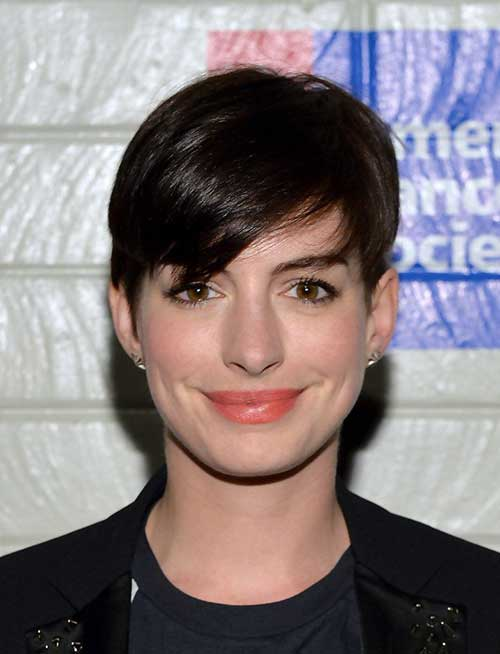 Short Hairstyles for Straight Hair-27