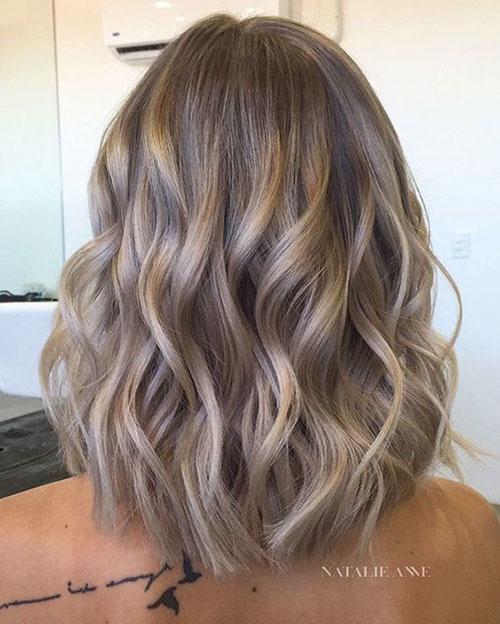 Dyed Short Wavy Styles