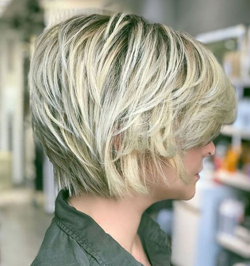 Short Layered Messy Styles