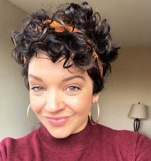 Short Naturally Wavy Curly Hairstyles
