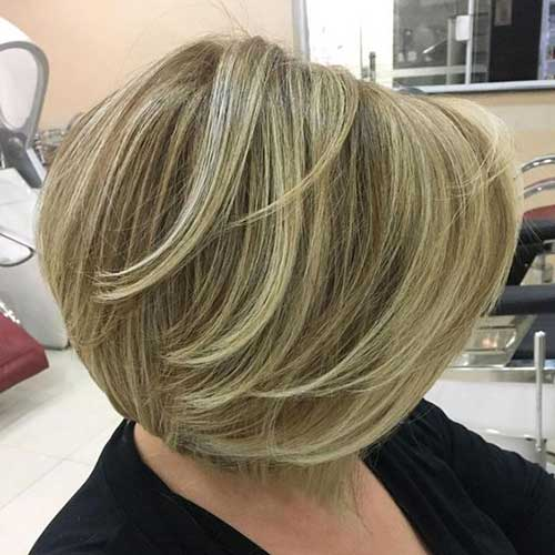 Simple Short Hair Cuts Over 50