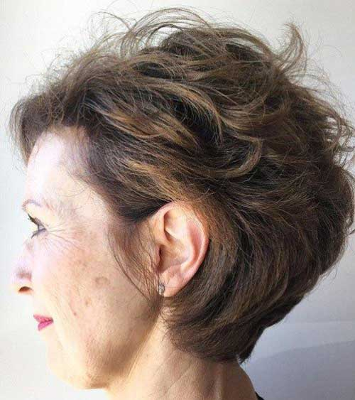 Short Wavy Hairstyles for Over 50