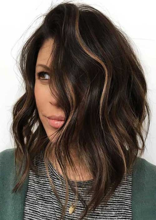 Asymmetrical Short Wavy Hairstyles