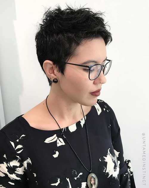 Short Fine Brunette Hairstyles