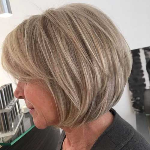 Short Layered Bob Haircuts For Older Women 94