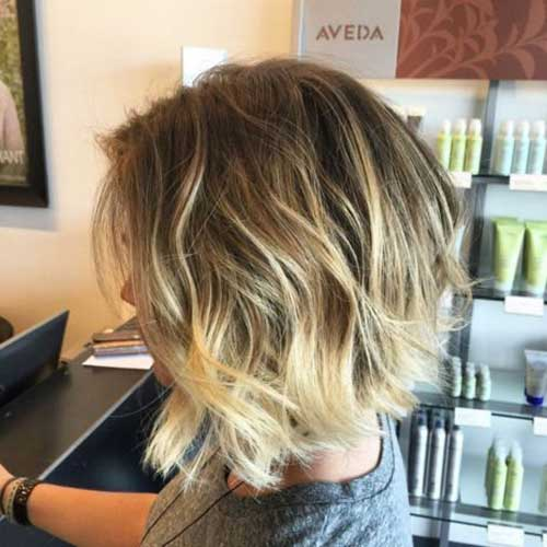 Short To Medium Wavy Hairstyles