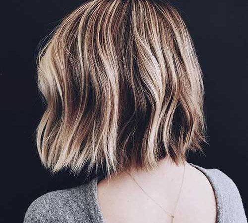 20 Trendy Examples of Short Wavy Haircut