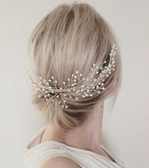 Short Bridal Hairdos with Pearls