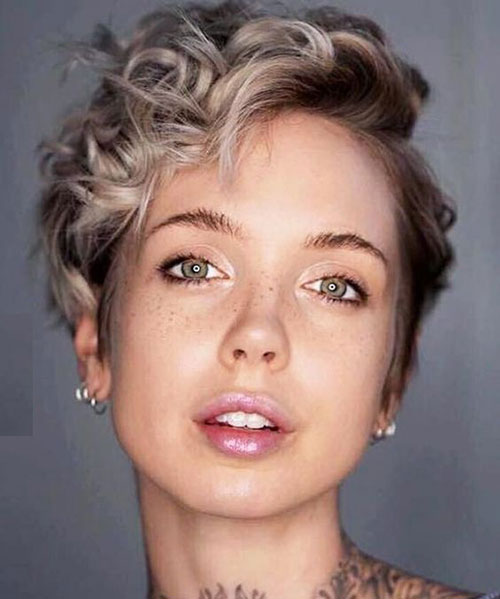 Wavy Short Pixie Haircuts