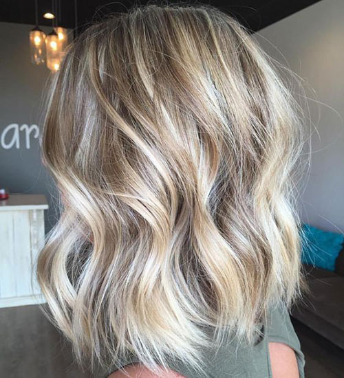 Wavy Short Platinum Blonde Haircuts