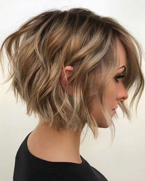 Trendy Wavy Short Haircuts