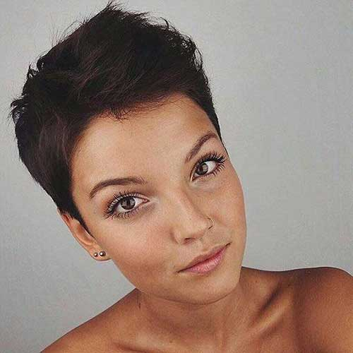 Short Styles for Brunette Women