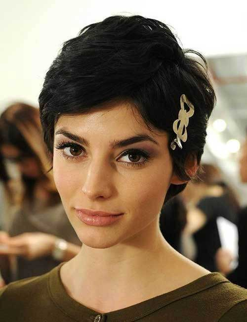 Short Styles for Women with Thick Hair