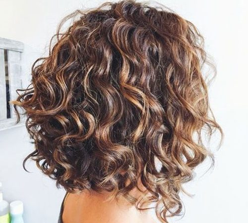 20 Bob Hairstyles for Curly Hair to Show Your Curls