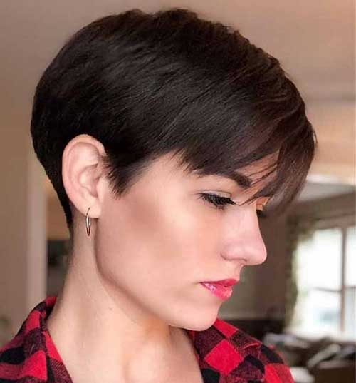 Latest Short Straight Hairstyles 2020