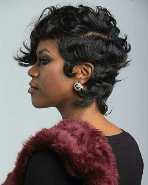 Short Natural Wavy Haircuts for Black Ladies