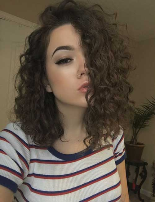Shoulder Length Bob Hairstyles for Curly Hair