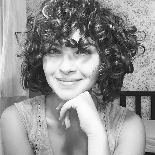 Trendy Bob Hairstyles for Curly Hair