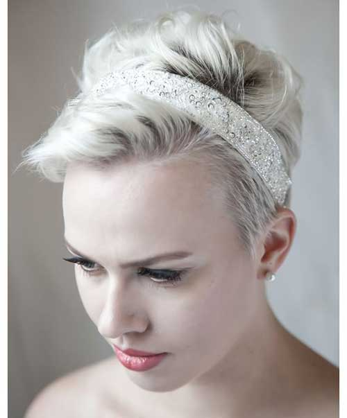 Short Bridal Hairstyles with Headpiece