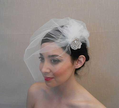 Cute Short Bridal Hairstyles