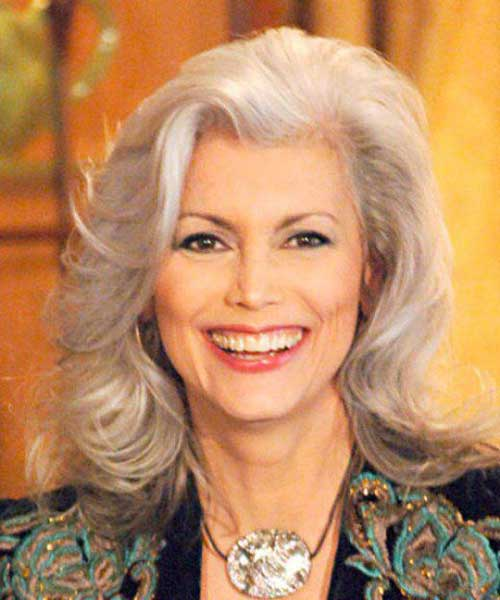 Emmylou Harris Short Haircuts for Over 50