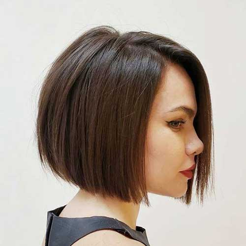 Straight Bob Hairstyles For A Smooth