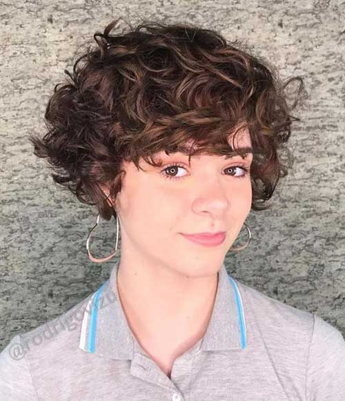 Curly Pixie Hairstyles-21