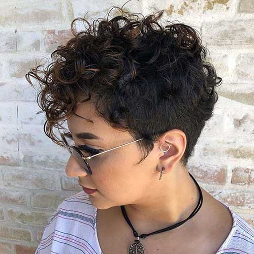 Asymmetrical Curly Pixie Hairstyles-8