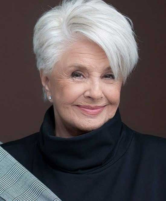 Lola Herrera Short Haircuts for Women Over 60