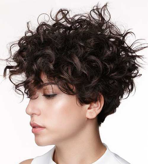 Short Haircuts for Frizzy Pixie Hair
