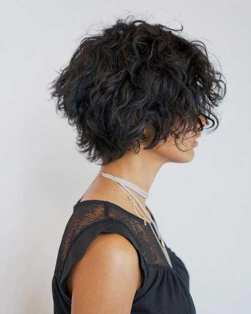 Short Haircuts for Frizzy Shaggy Hair