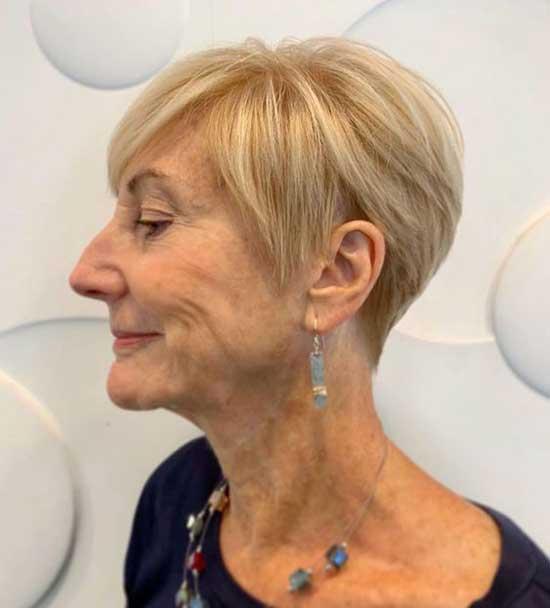 Short Hairstyles for Older 60 Ladies-17