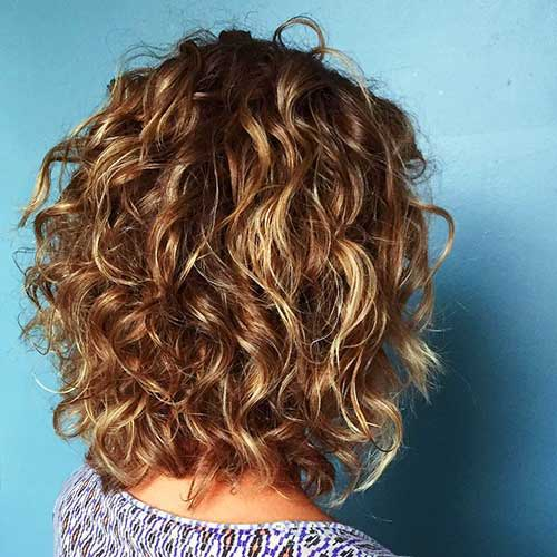 Curly Medium Bob Styles-19