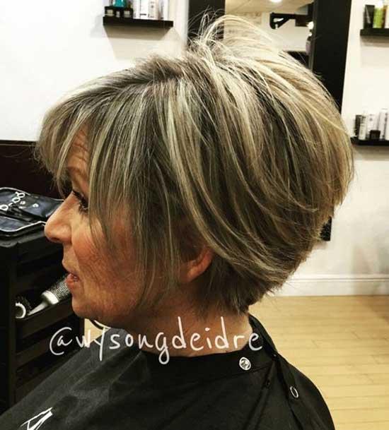 Short Choppy Hairstyles for Older Ladies-25