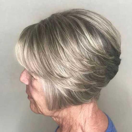 Short Hairstyles for Older Ladies-40