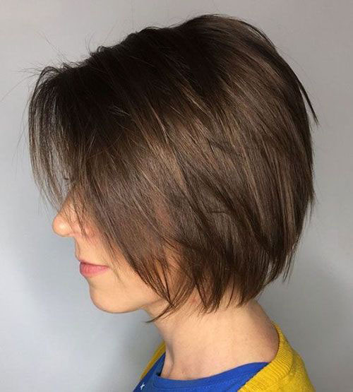 Straight Layered Short Hairstyles-8