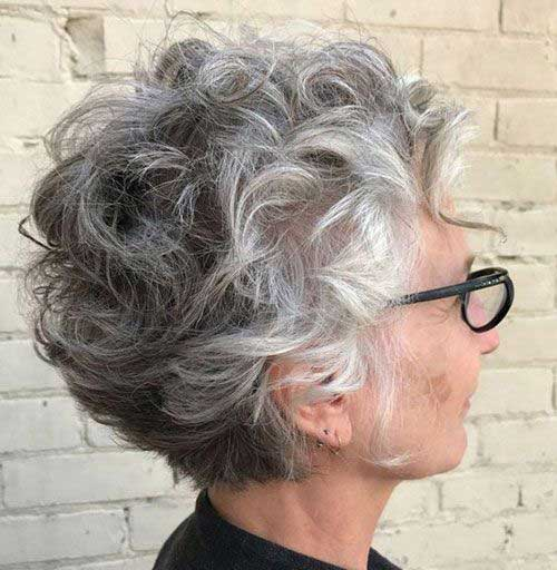 Short Curly Hairstyles for Older Ladies-9