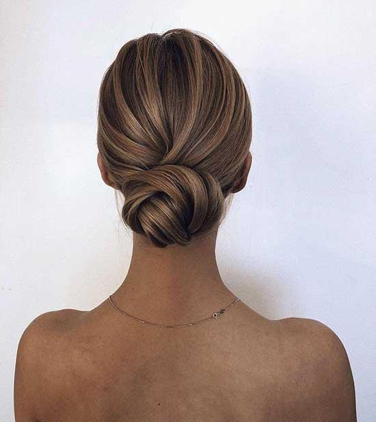 Classy Short Bun Hairstyles