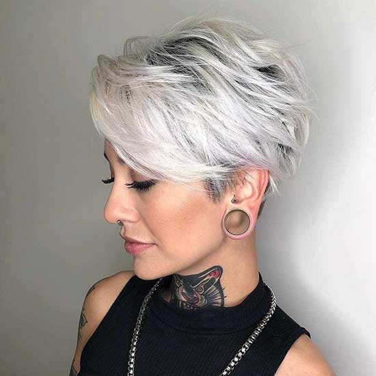 Latest Pixie Haircuts for Women Over 50-10