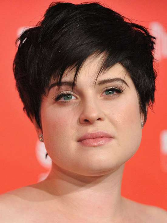 Short Pixie Hairstyles for Fat Girls-10