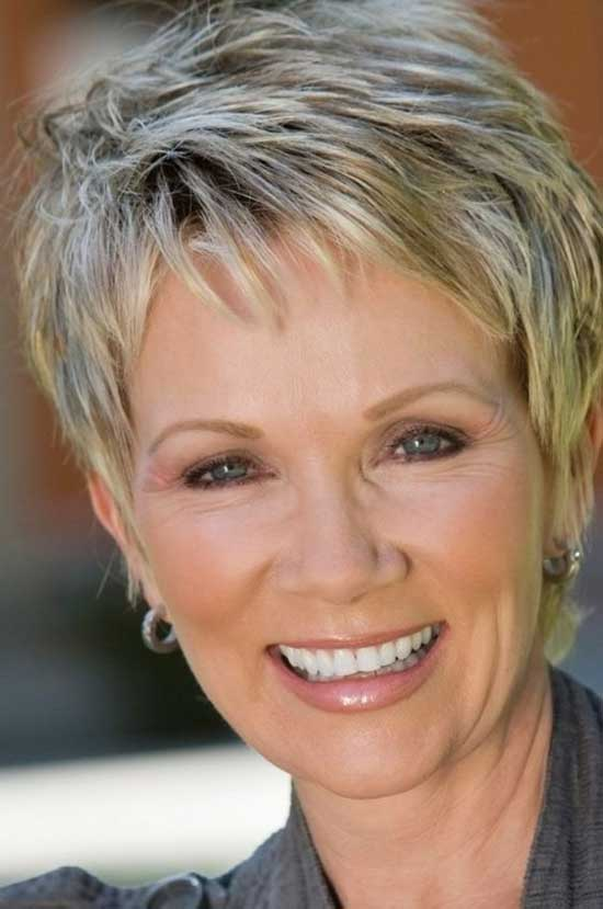 Fine Pixie Haircuts for Women Over 50-12