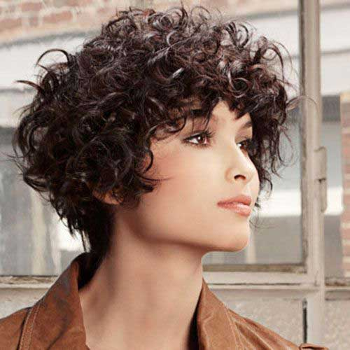 Short To Medium Haircuts for Thick Hair-14