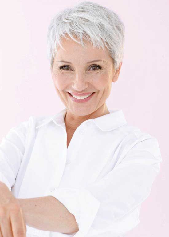 Layered Pixie Haircuts for Women Over 50-16