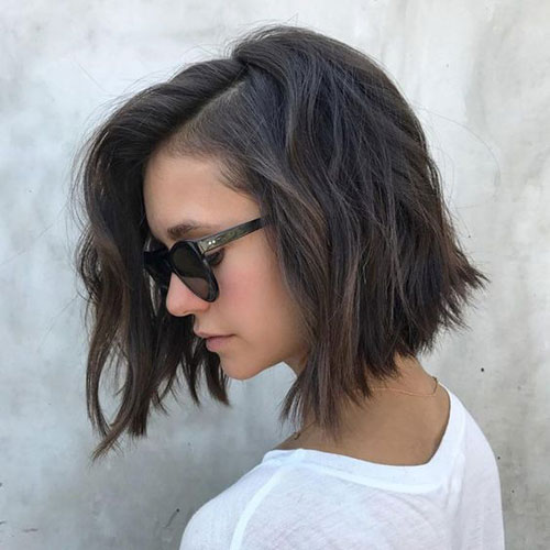 Easy Short Haircuts for Thick Hair-20