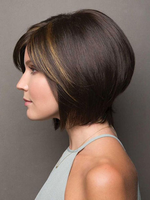 Modern Short Haircuts for Thick Hair-8