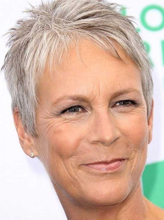 Spiky Pixie Haircuts for Women Over 50-9