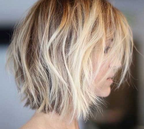 20 Cute Short To Medium Hairstyles to Look Lovely