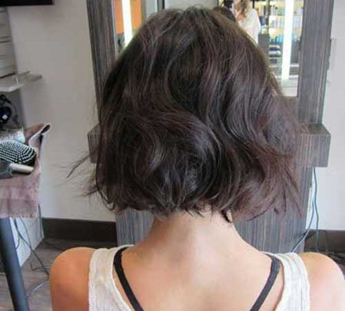 20 Newest Short Hairstyles for Wavy Hair to Look Fresh