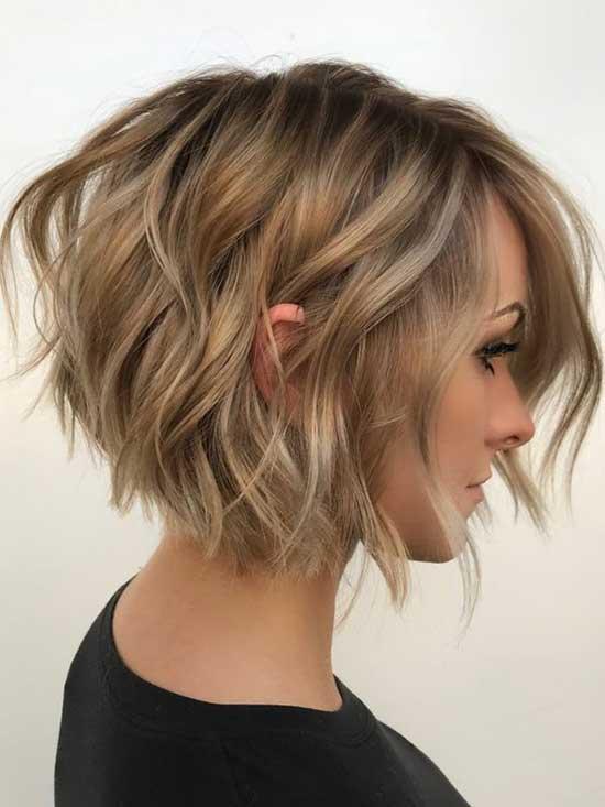 Cute Angled Bob Haircuts-16